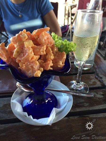medio y medio - copa de camarones - pulperia de los faroles - punta del este - colonia del sacramento - uruguai