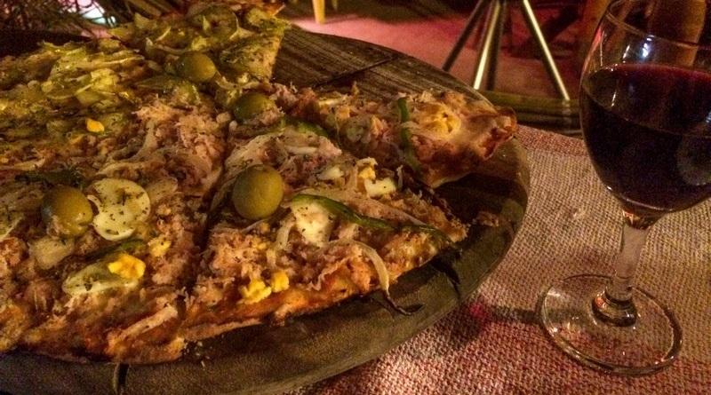 pizzaria vila chamego - pizza - alto paraiso - sao jorge - chapada dos veadeiros - vinho (1)