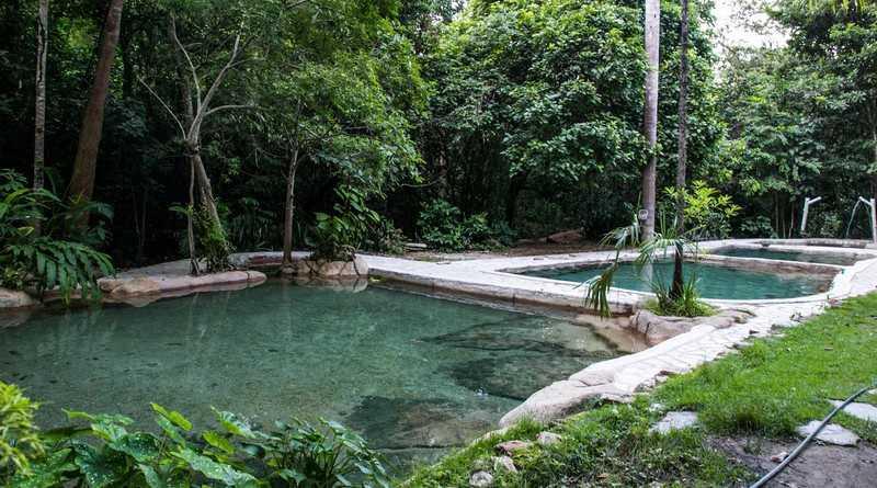 aguas termais do morro vermelho - chapada dos veadeiros - sao jorge - alto paraiso - goias (2)